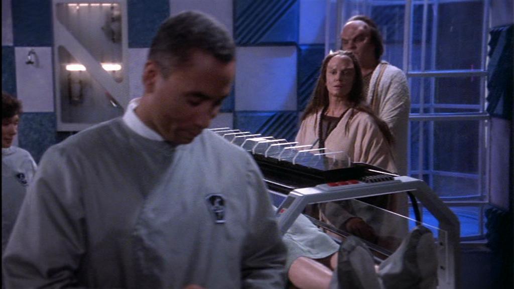 """""""ich bitte Sie, dieses Gerät hat schon in 20 SciFi-Filmen als Gizmo gedient, warum sollte es bei Ihrem Jungen nicht helfen?"""""""